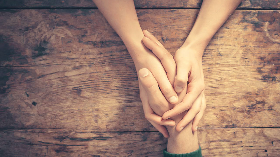Helping a bereaved person